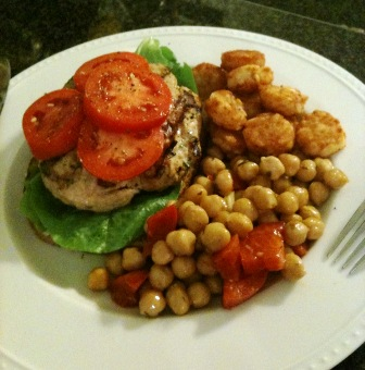 pantry2plate: Ground Chicken and Basil Burgers